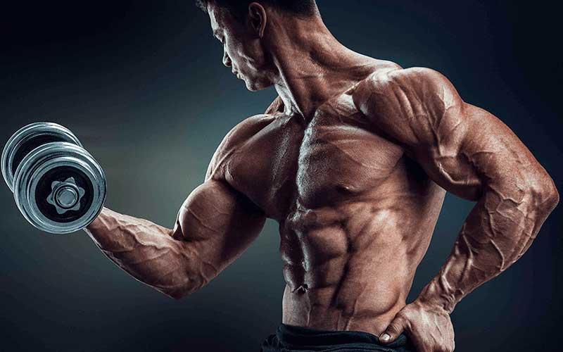 Entrenar-menos-el-secreto-para-ganar-kilo-de-musculo