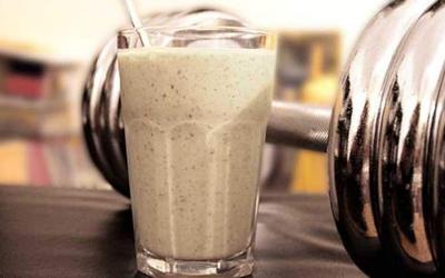 Los batidos de proteínas ¿te hacen subir de peso?